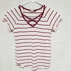 DISCREET Women's t shirt.  Size small